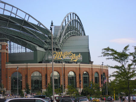 Milwaukee_Baseball_7_30_05___7_31_05_00501.jpg