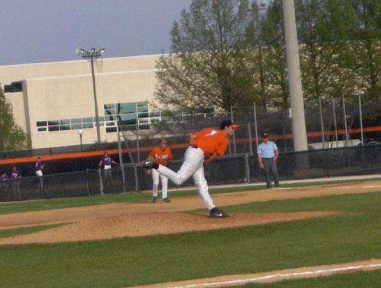 pitcher01.jpg